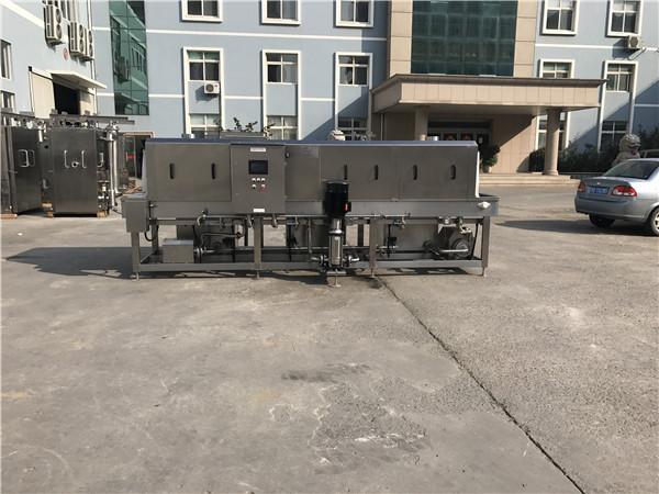 高温灭菌清洗机节能减材领先设备